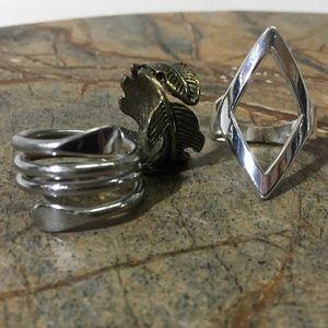 Three ring bundle